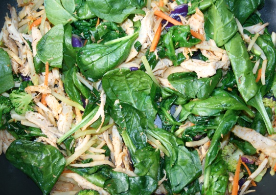chicken mix with spinach